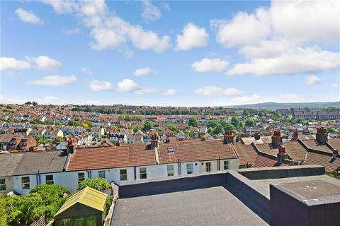 4 bedroom terraced house for sale - Hollingbury Park Avenue, Brighton, East Sussex
