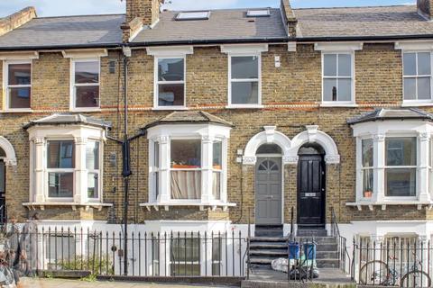 1 bedroom flat to rent - Kenworthy Road, Hackney, E9