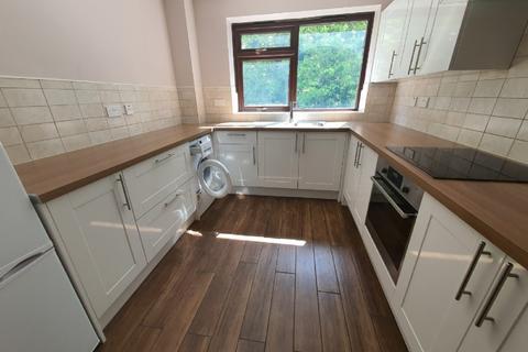 1 bedroom flat to rent - Beech Copse, South Croydon, CR2 7ES