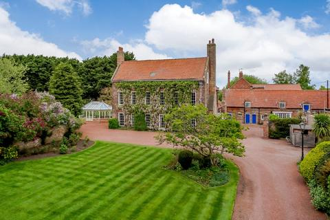 7 bedroom detached house for sale - The Green, Hurworth, Darlington, County Durham