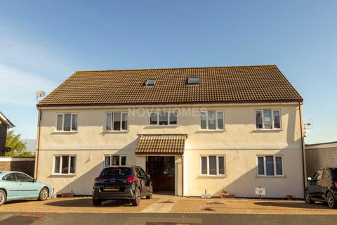 2 bedroom apartment for sale - Easterdown Close, Plymouth, PL9 8SR