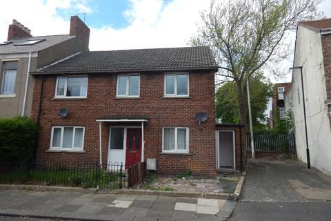 2 bedroom flat - Stanley Street West NE29