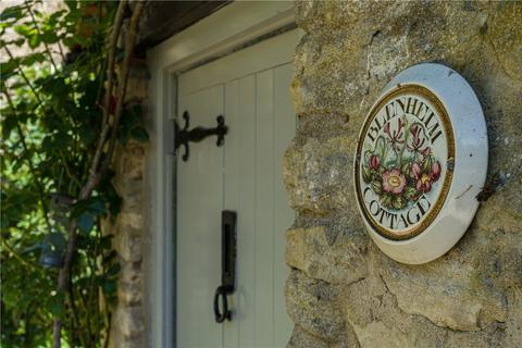 2 bedroom detached house for sale - Weston Road, Bletchingdon, Kidlington, Oxfordshire, OX5