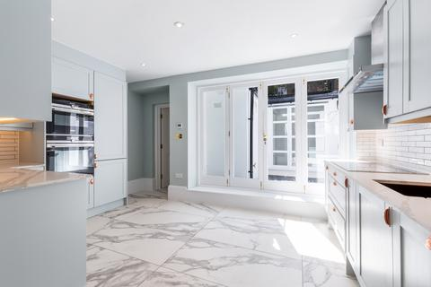4 bedroom terraced house to rent - Shouldham Street, London, W1H