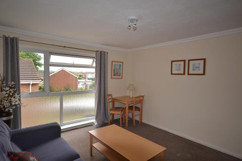 2 bedroom flat to rent - Carlyon Close, Exeter, EX1 3AZ