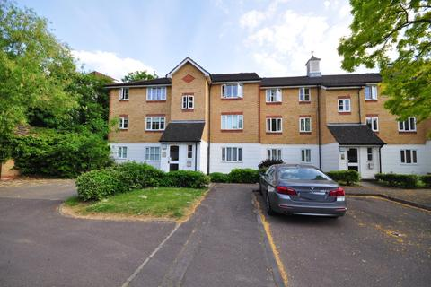 1 bedroom flat to rent - Chipstead Close Belmont SM2