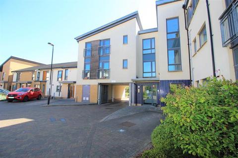 2 bedroom flat to rent - Hursley Walk, Newcastle, NE6 3LS