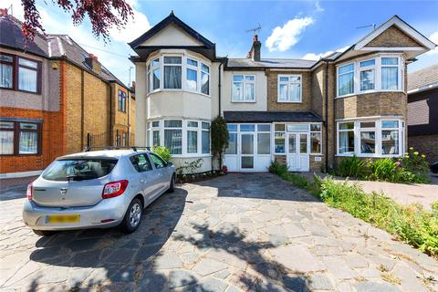 4 bedroom semi-detached house for sale - Brentwood Road, Gidea Park, RM2