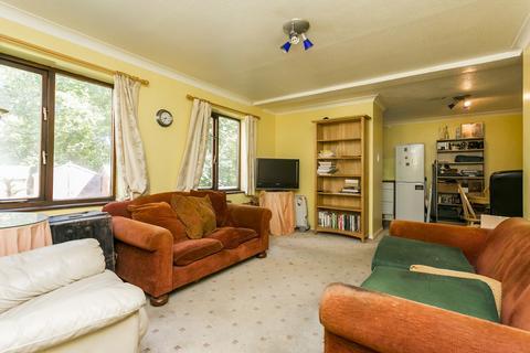 2 bedroom semi-detached house for sale - Horizon Close, Tunbridge Wells