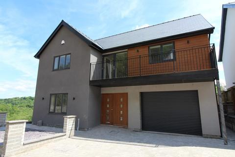 4 bedroom detached house for sale - The Glade, Wyllie