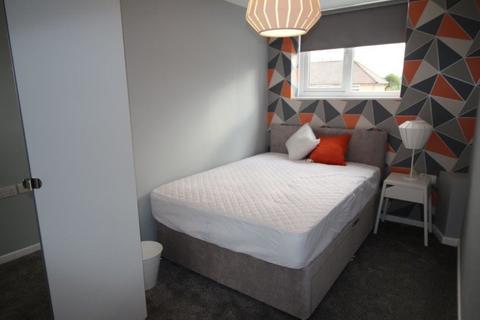 1 bedroom house share to rent - Swinnow Road, Leeds