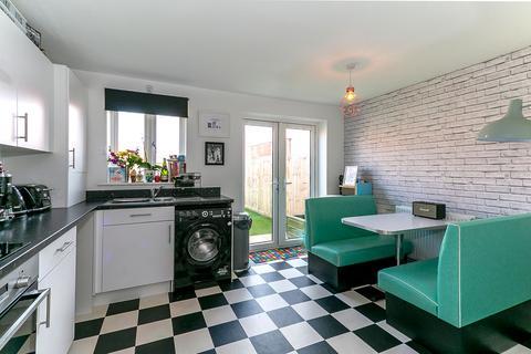 4 bedroom semi-detached house for sale - Kearvell Place, SHERBORNE, Dorset, DT9