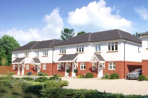 3 bedroom semi-detached house for sale - Catherine Close, Parkstone, Poole, Dorset, BH12