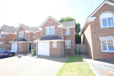 3 bedroom detached house to rent - Waterloo Close, Camberley, Surrey, GU15