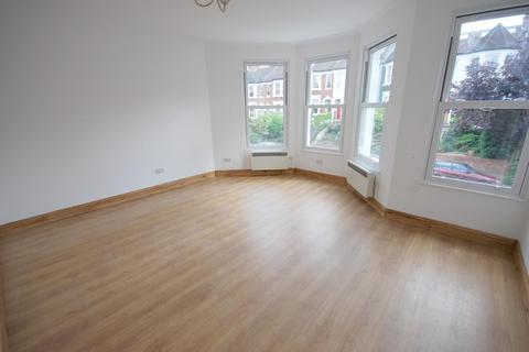 2 bedroom flat to rent - Victoria Road, Alexandra Park, London, N22