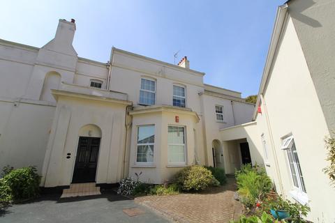 2 bedroom apartment for sale - Edgcumbe Court, Stoke.
