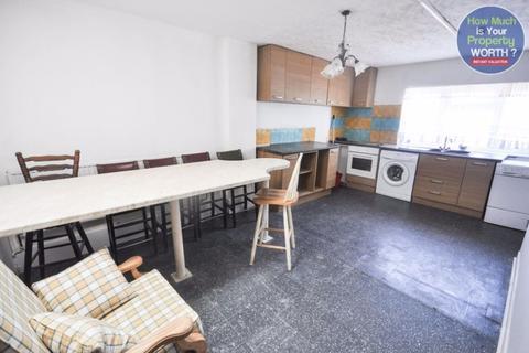 3 bedroom flat to rent - Queen street, Town centre area
