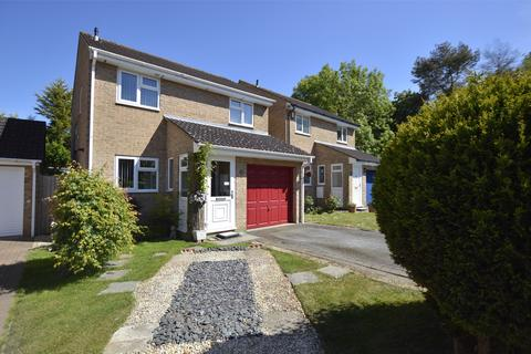 3 bedroom detached house for sale - Parnall Crescent, Yate, BRISTOL, BS37