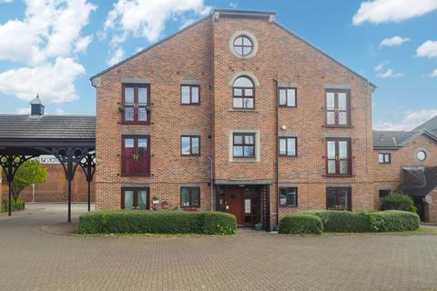 1 bedroom apartment for sale - Kingston Street, Marina, Hull, East Riding of Yorkshire, HU1 2ES