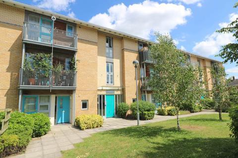 1 bedroom flat to rent - Stepneys, Barnwell Rd, Cambridge