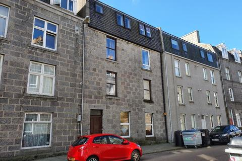 1 bedroom flat for sale - Urquhart Road, The Beach, Aberdeen, AB24 5LX