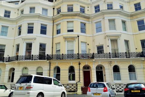 3 bedroom flat to rent - St Aubyns  Hove