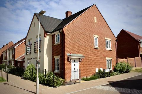 3 bedroom semi-detached house for sale - Mannock Way, Canford Heath, Poole BH17