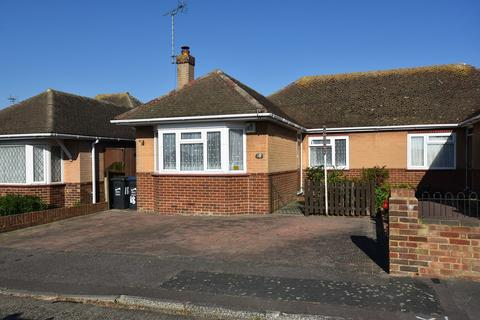 2 bedroom semi-detached bungalow for sale - Wellesley Close, Broadstairs, CT10