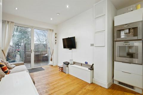 2 bedroom apartment for sale - Lynton Road, Acton, W3