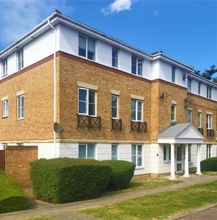 2 bedroom apartment - Bancroft Chase, Hornchurch, RM12