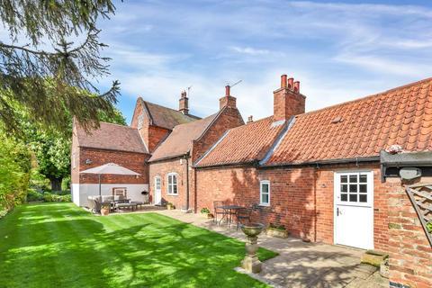 4 bedroom barn conversion for sale - The Brambles, Barnstone, Nottingham
