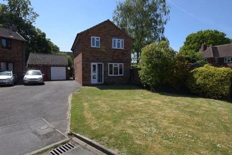 3 bedroom house to rent - Pear Tree Close, Stafford, Staffordshire