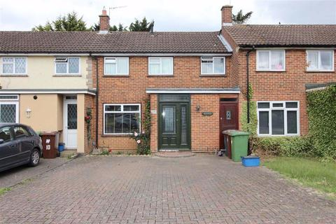 3 bedroom terraced house to rent - Kenilworth Close, Borehamwood, Herts