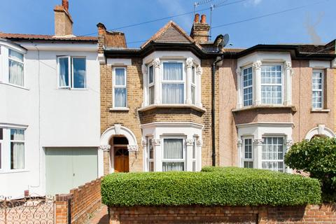 3 bedroom terraced house for sale - Melbourne Road, London