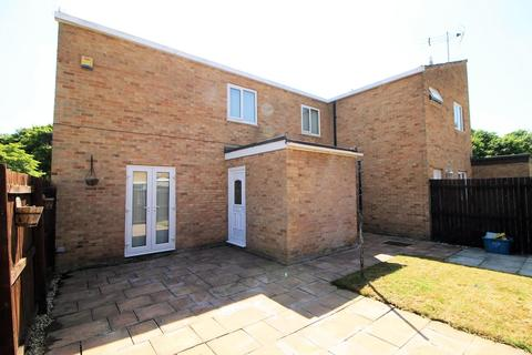 3 bedroom end of terrace house for sale - Woodford Walk, Thornaby, Stockton-On-Tees
