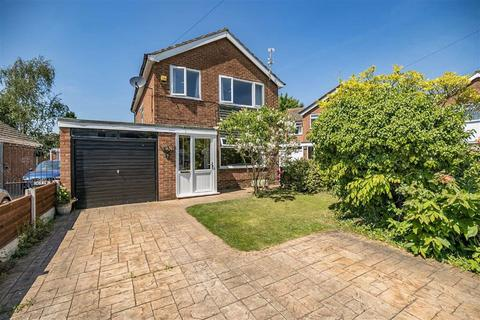4 bedroom detached house to rent - Riddings Court, Timperley, Cheshire