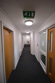 Studio to rent - 15 King Street West, Wigan, WN1 1LP