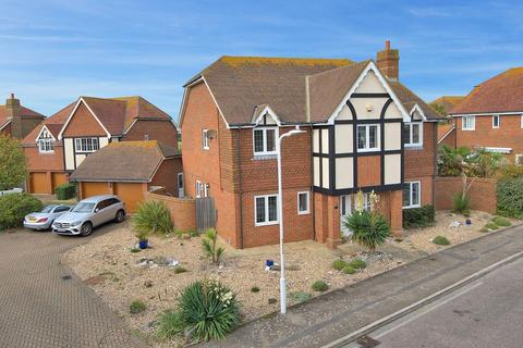 5 bedroom detached house for sale - Foreland Heights, Broadstairs