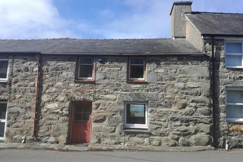 3 bedroom house for sale - Llanfair
