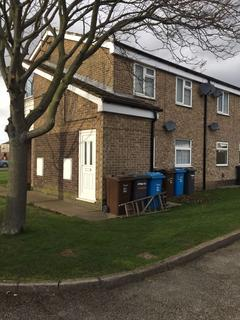 2 bedroom flat to rent - Poplar Court, Sutton-On-Hull Hull