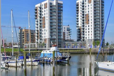 Property to rent - Unit 10 Victory Pier, Pearl Lane, Gillingham, Kent, ME7 1FU