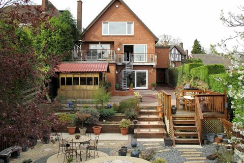 6 bedroom detached house to rent - Louvain Road, Littleover
