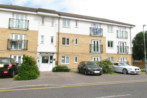 2 bedroom flat to rent - Berengers Place, Dagenham