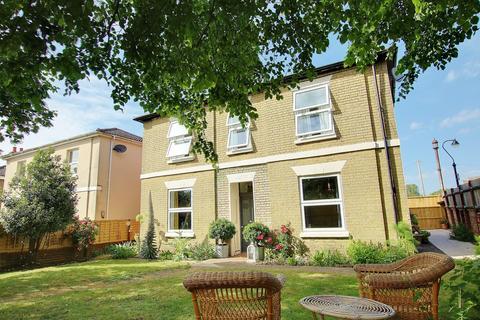 3 bedroom detached house for sale - Obelisk Road, Woolston