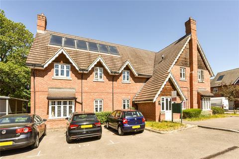 2 bedroom flat for sale - Winstreet Close, Alton, Hampshire