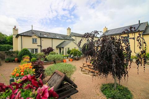 2 bedroom barn conversion for sale - Higher Colleybrook, Chudleigh
