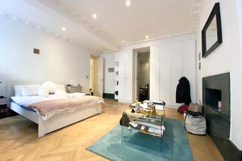 3 bedroom apartment to rent - Harley Street, London, W1G