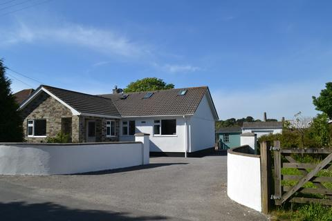 4 bedroom detached bungalow for sale - Carnkie, Redruth