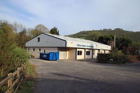 Property to rent - Light Industrial retail warehouse premises, Bronwydd Arms, Carmarthen