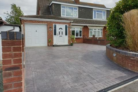 3 bedroom house to rent - Chatsworth Avenue , Tuffley, Gloucester